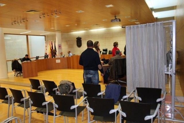 Los trabajadores municipales eligen a sus representantes sindicales para la legislatura 2019/2023 en el Comit� de Empresa y la Junta de Personal, respectivamente, Foto 3