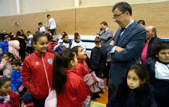 La nueva Escuela de Fútbol Sala ElPozo abre sus puertas en el barrio de La Paz con un centenar de jóvenes y niños en sus filas - 3, Foto 3