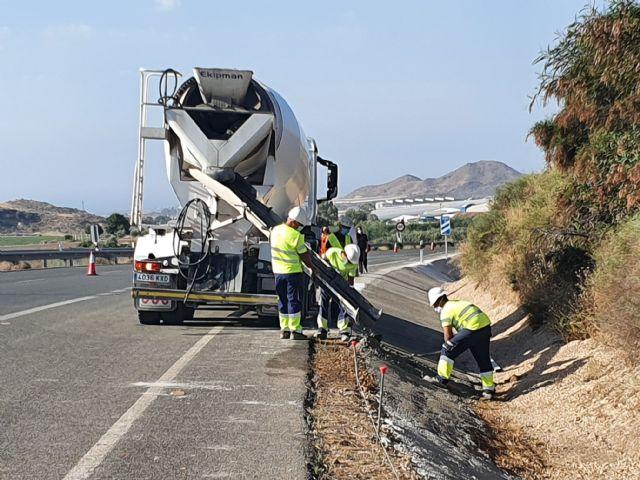 La Comunidad invertirá cerca de 3 millones en mejorar dos carreteras regionales en Lorca - 1, Foto 1