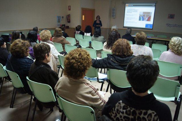 Se celebra una nueva sesión del proyecto Escuela de Aprendizaje a Domicilio, Foto 5