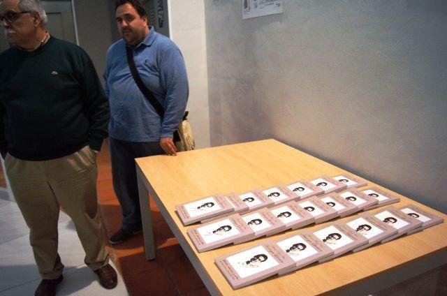 El profesor Juan Antonio Fernández ofrece una conferencia y presenta el libro Antología literaria de Antonio Para Vico, Foto 2