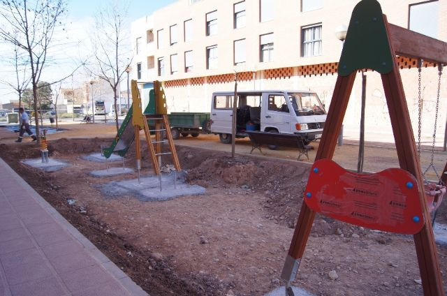 El nuevo parque recreativo en el barrio de Triptolemos estará finalizado la próxima semana, Foto 3