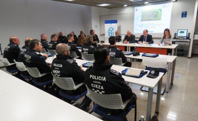 La Comunidad organiza un curso para cabos, sargentos y oficiales de Policía Local, Foto 1