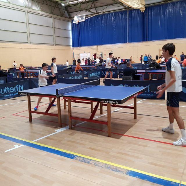 Los colegios La Milagrosa y Santiago participaron en la Jornada Regional Zona Sur de Tenis de Mesa de Deporte Escolar, celebrada en Los Narejos, Foto 3