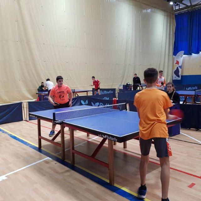 Los colegios La Milagrosa y Santiago participaron en la Jornada Regional Zona Sur de Tenis de Mesa de Deporte Escolar, celebrada en Los Narejos, Foto 6