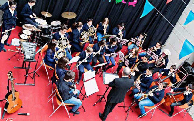 La banda-escuela inicia la temporada 2017 de conciertos de la Asoc. Musical 'Maestro Eugenio Calderón' - 2, Foto 2