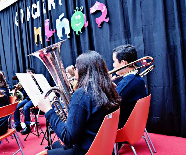 La banda-escuela inicia la temporada 2017 de conciertos de la Asoc. Musical 'Maestro Eugenio Calderón' - 5, Foto 5