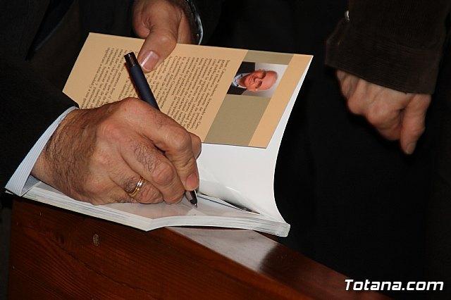 """El cronista oficial de la ciudad, Juan Cánovas Mulero, presenta su último libro """"Bajo el cielo de Totana. Un recorrido por sus espacios urbanos (I)"""", Foto 3"""
