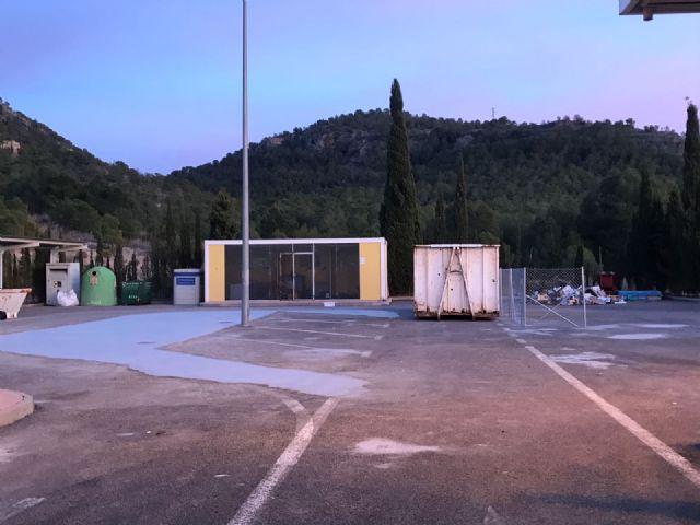 El ecoparque se ha remodelado para mejorar el servicio y albergar contenedores que ensuciaban el camping - 1, Foto 1