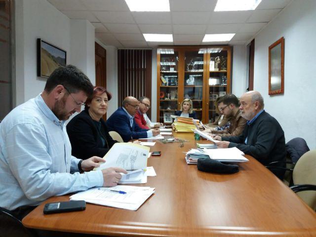 La Junta de Gobierno Local de Molina de Segura adjudica la renovación del alumbrado público en un primer tramo de la Calle Mayor, por un importe de 43.426,90 euros - 1, Foto 1