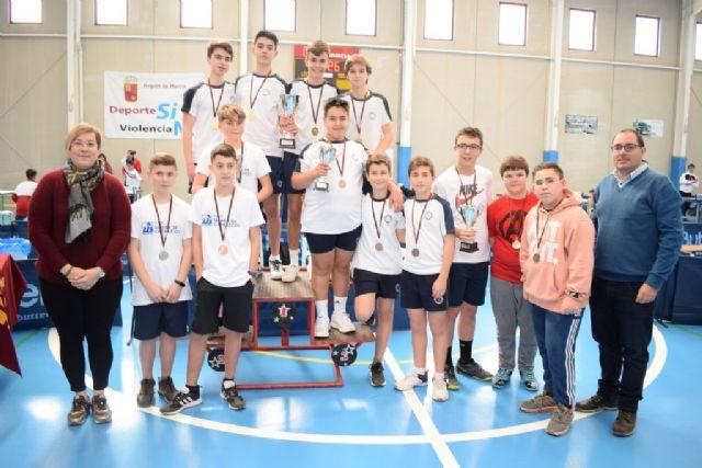 20 centro escolares de la Región compitieron en Mazarrón por ser los líderes del tenis de mesa de Deporte Escolar - 3, Foto 3