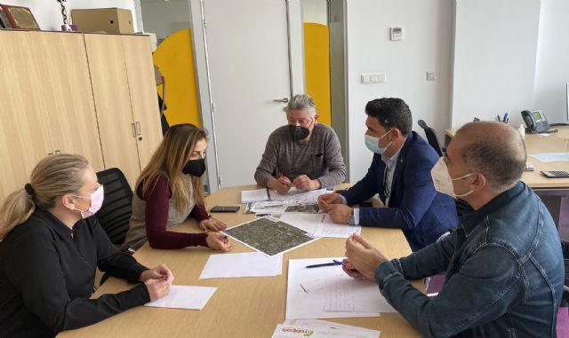 Un proyecto municipal de regeneración urbana destinará cerca de un millón de euros a mejorar barrios y pedanías - 1, Foto 1