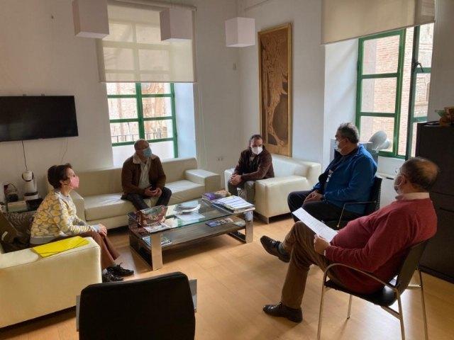 El alcalde se reúne con representantes de la nueva Federación de Comercio de la Región de Murcia (COREMUR), Foto 3