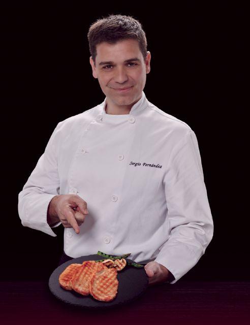 El cocinero y presentador de televisión Sergio Fernández colabora en el desarrollo de los productos frescos de ELPOZO ALIMENTACIÓN, Foto 1