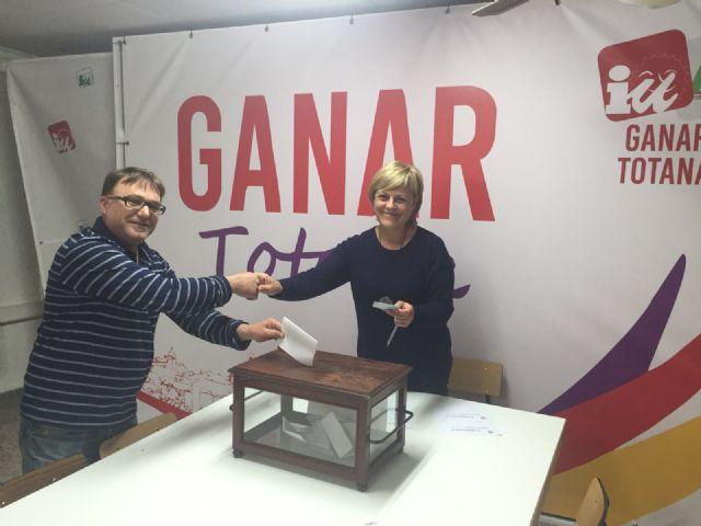 Militantes y simpatizantes de IU Totana acuerdan por mayor�a confluir con Podemos para las Elecciones Generales de 26j, Foto 4