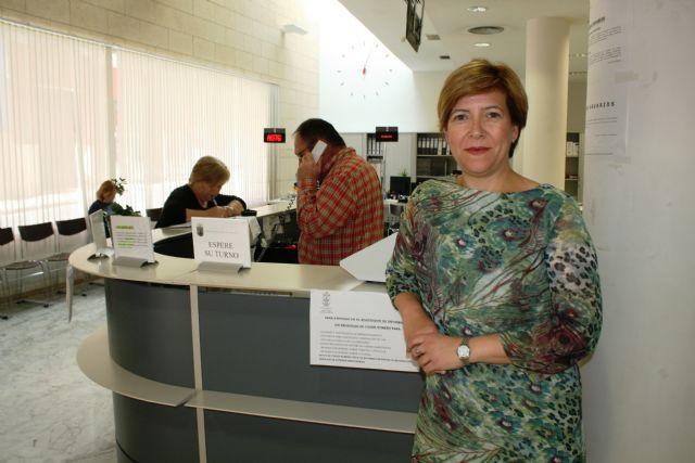 La concejal de Atención al Ciudadano valora muy positivamente la implantación de la Oficina de Registro Virtual (ORVE) en el Ayuntamiento, Foto 1