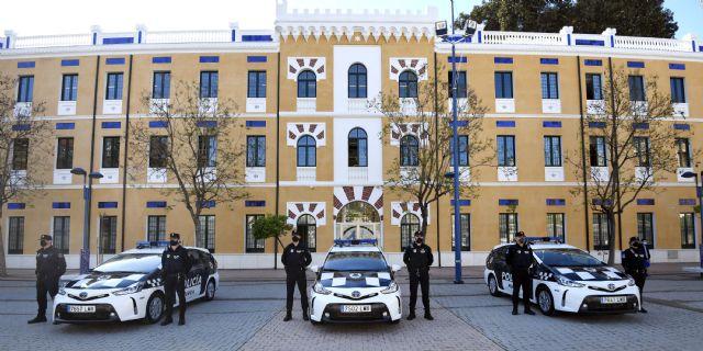 La Policía Local apuesta por la mejora medioambiental del municipio incorporando sus tres primeros turismos híbridos - 1, Foto 1