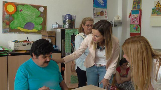 Ana Guijarro participa en la convivencia con familias del centro para personas con discapacidad Los Olivos de Cieza - 1, Foto 1