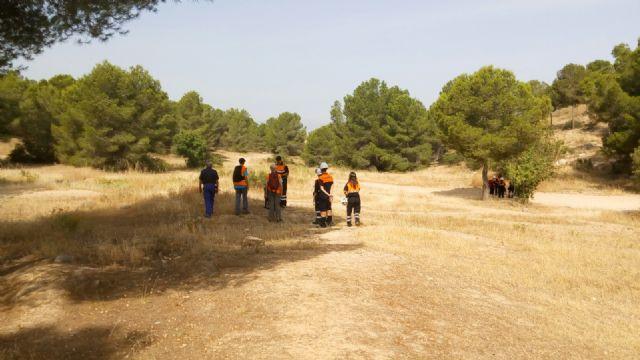 La REMER realiza un simulacro para la localizaci�n de una persona desaparecida en el parque regional El Valle y Carrascoy, Foto 3