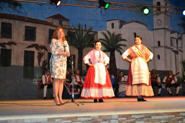 La peña El Caldero clausuró su XIII Festival de Folklore en el parque de La Aduana - 1, Foto 1