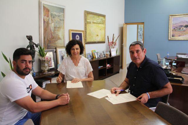 El Ayuntamiento suscribe un nuevo convenio de colaboración con el Club de Tenis Puerto Lumbreras - 1, Foto 1