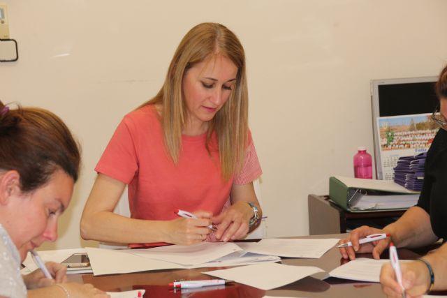 La concejalía de Educación destina 30.000 euros del programa ´Un ratito más´ a las AMPAS, Foto 5