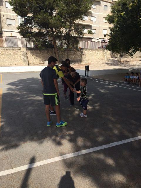 Alberto y Sergio Fernández García sorprenden con su visita a los niños y niñas de la Escuela de Verano de Moratalla. - 4, Foto 4