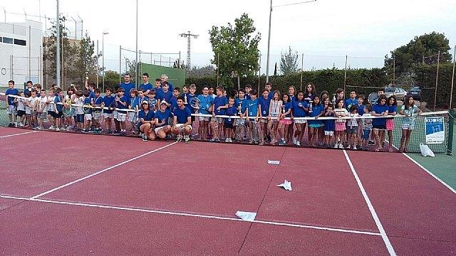 Finalizan las clases en la escuela de tenis Kuore del curso 2015-2016, Foto 2