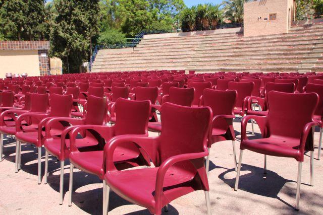 El Ayuntamiento adquiere 500 nuevas sillas para el auditorio, Foto 2