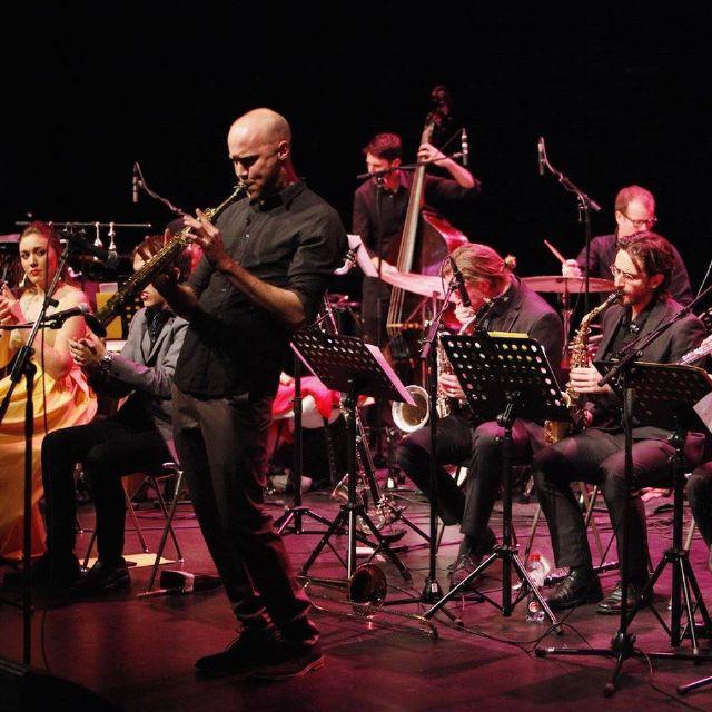 Noche de contrastes en Jazz San Javier con la espectacular BVR Flamenco Big Band y el cantante y pianista de Nuevo York, Tony Desare - 1, Foto 1