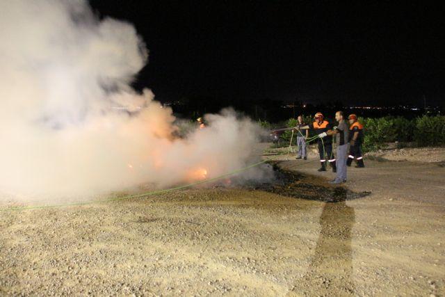 Voluntarios de Protección Civil de Alhama colaboran en tareas de prevención y extinción de incendios, Foto 2