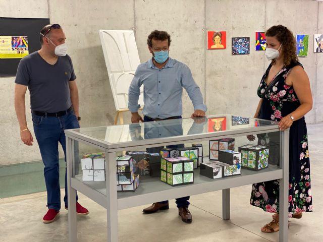 Alumnos del IES Luis Manzanares exponen en la Biblioteca de Torre Pacheco - 4, Foto 4