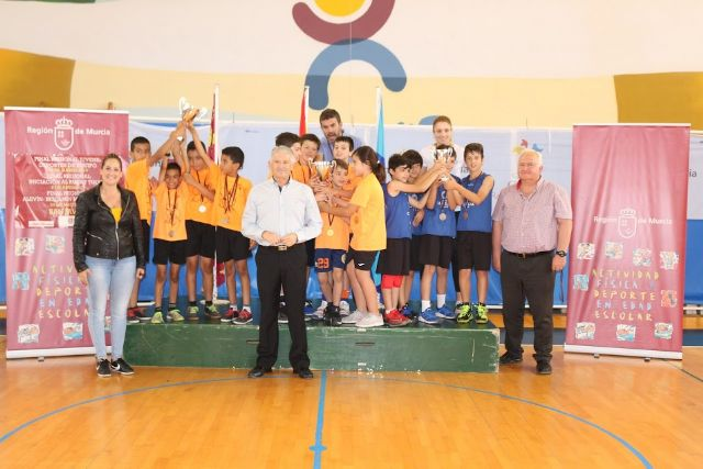 The School Sports program offered by the Department of Sports has registered, in its latest edition, a participation of 2,069 schoolchildren from different schools, Foto 1
