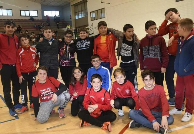 The School Sports program offered by the Department of Sports has registered, in its latest edition, a participation of 2,069 schoolchildren from different schools, Foto 3