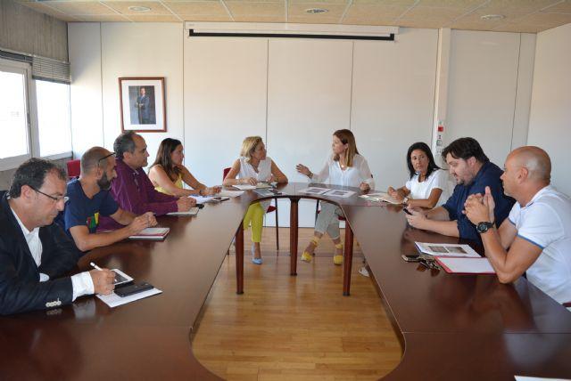 La alcaldesa solicita ante la consejera de Educación una valoración técnica de urgencia del colegio Mediterráneo - 1, Foto 1