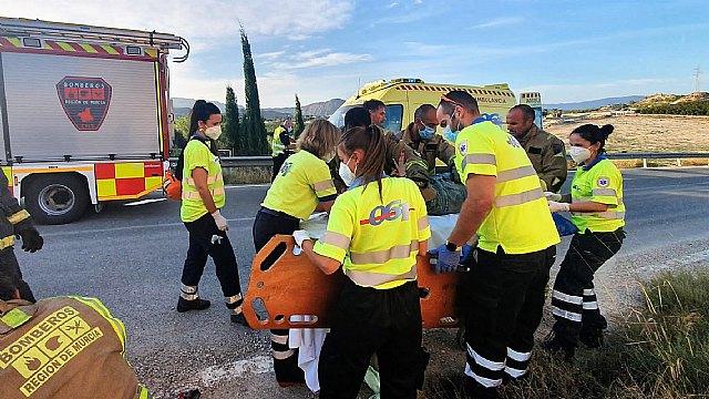 Conductora herida tras empotrar su coche contra una vivienda en Alquibla (Ojós) - 2, Foto 2