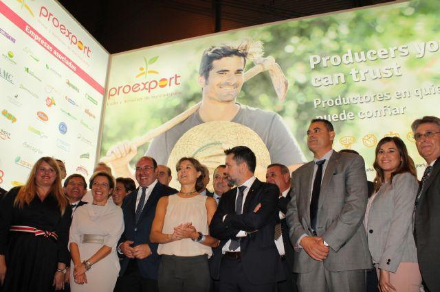 Los socios de PROEXPORT agradecen en la inauguración de Fruit Attraction la aprobación de un nuevo trasvase, Foto 1