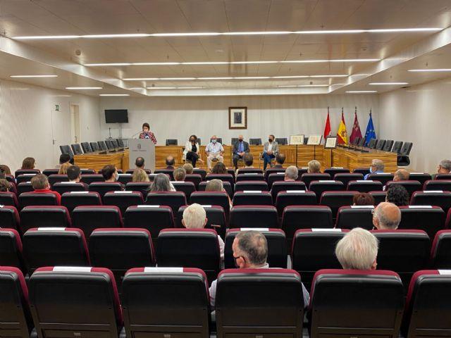 Torre Pacheco rinde homenaje a los esparteros Antonio Segura y José Sánchez en el Día Internacional de las Personas Mayores - 4, Foto 4