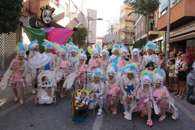Puerto Lumbreras homenajea a su tradicional desfile de carrozas con una exposición fotográfica que recorre la historia de este emblemático evento - 4, Foto 4