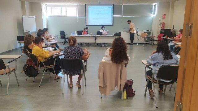 Ayuntamiento y el colectivo El Candil renuevan su colaboración - 1, Foto 1