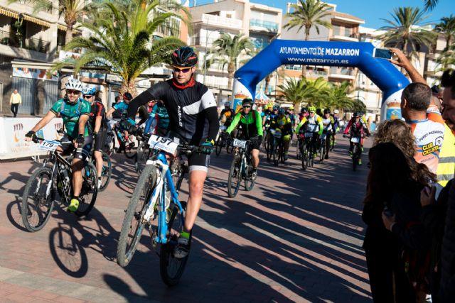 Más de 250 ciclistas completan la XXIII Marcha MTB Bahía de Mazarrón, Foto 2