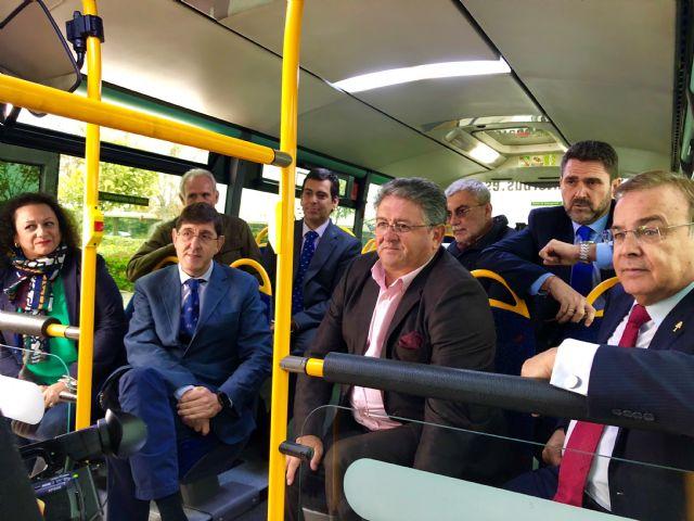 La Comunidad pone en marcha un autobús directo entre Los Alcázares y el hospital de  Los Arcos - 1, Foto 1
