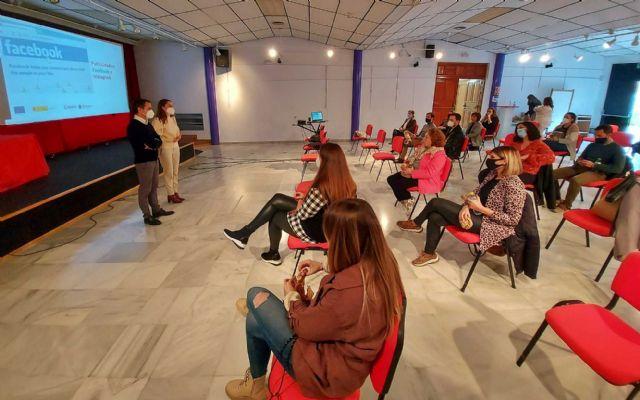Continúan en Caravaca, dentro del Plan de Apoyo al Negocio Minorista, los cursos de formación para la adaptación a la digitalización - 1, Foto 1