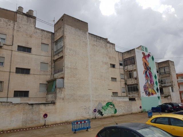 La lucha contra la Covid-19, tema central del nuevo mural de Murfy en la calle Severo Ochoa - 1, Foto 1
