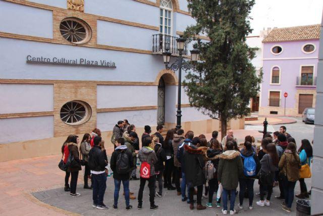Alumnos de la UMU visitan Alhama para realizar un proyecto sobre el futuro balneario, Foto 7