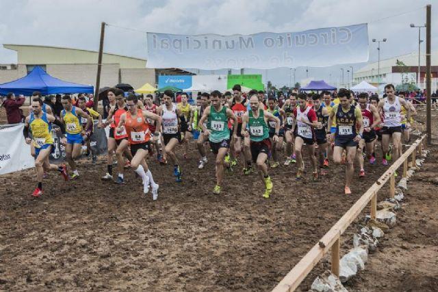 Atletas del CAT Totana participaron en la Media Maratón de Cieza y en el Cross Regional de San Pedro del Pinatar, Foto 3