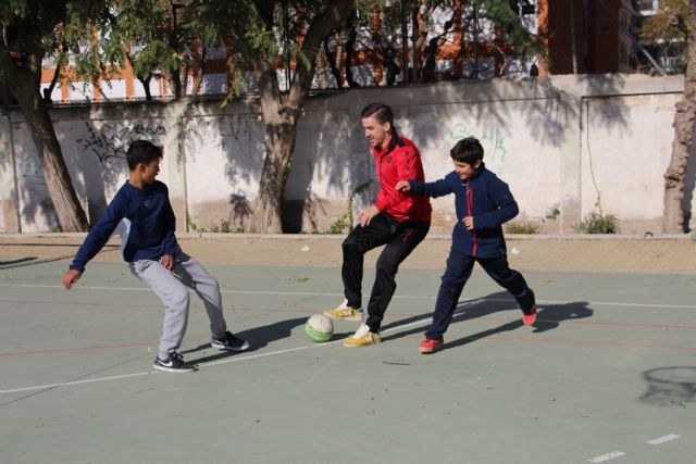 Fernando prepara su vuelta a la pista con los escolares del IES Mariano Baquero y junto a Fede y Marinovic - 4, Foto 4