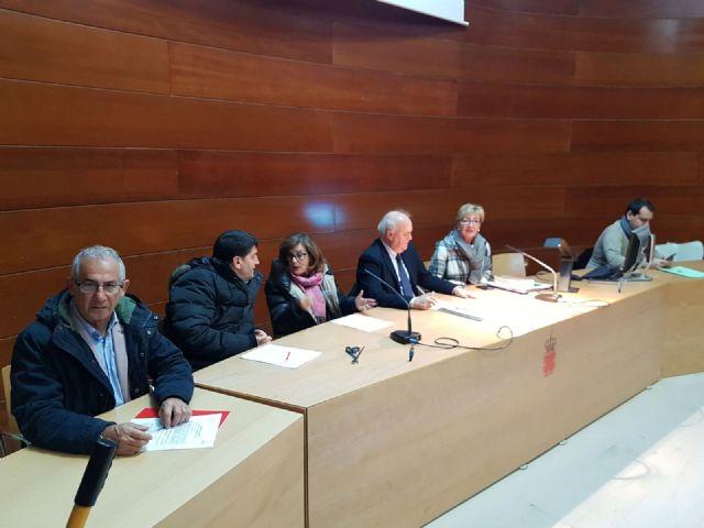 El PSOE defiende la subrogación de los 50 trabajadores de la empresa que se encarga del mantenimiento de alumbrado público - 1, Foto 1