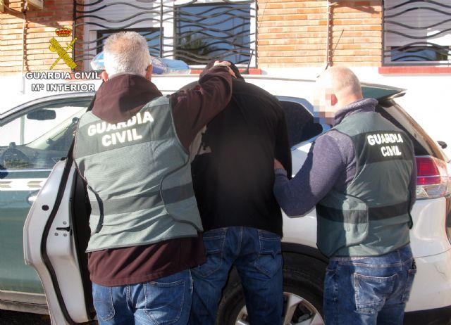 La Guardia Civil detiene a dos presuntos atracadores en Mazarrón, Foto 1