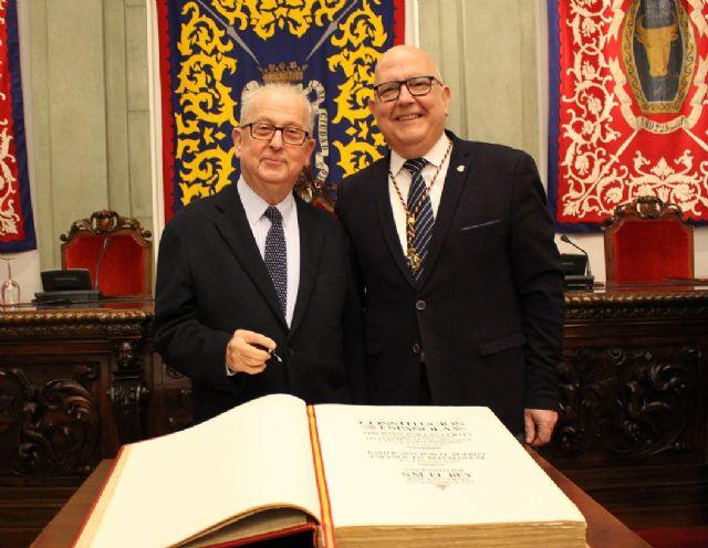 Manuel Padín, Cs sí defiende y respeta la Constitución en todo el territorio español frente a los que quieren liquidarla - 5, Foto 5